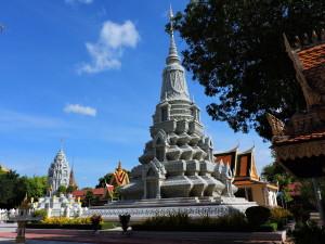 PHNOM PENH- ROYAL PALACE