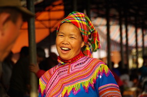 BAC HA - FLOWER H'MONG WOMAN