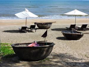 BEACH  CLOSE TO  HOI AN